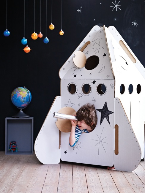 Make Your Own Rocket - instructables.com - 6 Unique Ideas for Leftover Moving Boxes | designlibrary.com.au