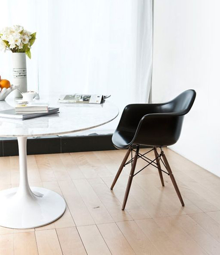 Matt Blatt - Replica Saarinen Tulip Table - designlibrary.com.au
